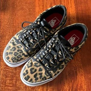 Vans Men's size 10 leopard sneakers